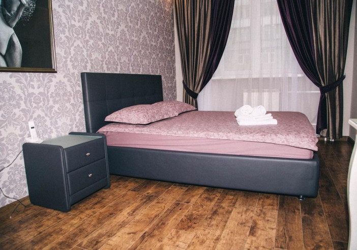 Pogostite.ru - Аурумс Континент-Au Rooms Континент | Новокузнецк | Парковка #11
