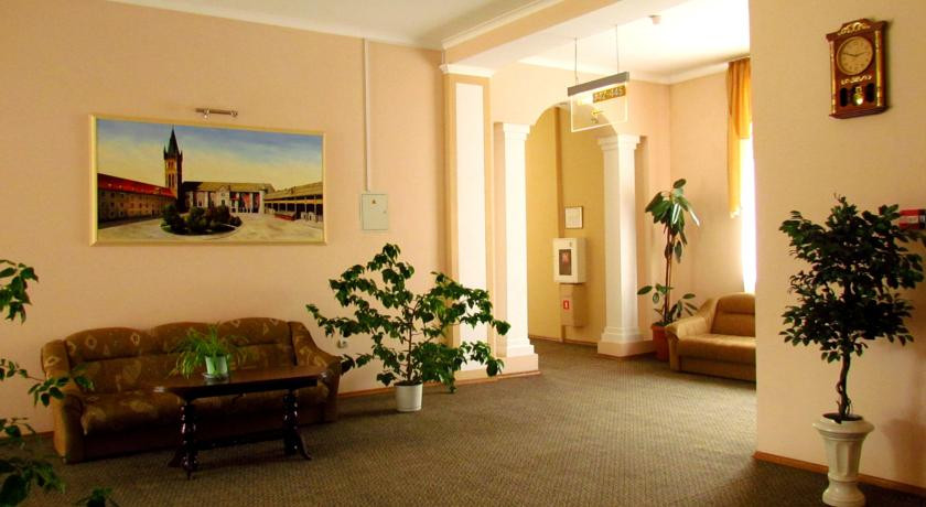 Pogostite.ru - ЗОЛОТАЯ БУХТА | г. Калининград | Южный вокзал | Wi-Fi | Парковка #9