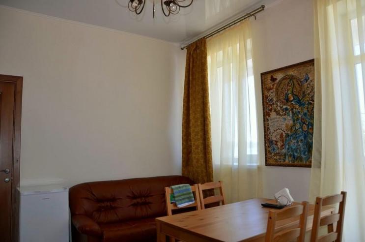 Pogostite.ru - Гостевой Дом Веранда   Зеленая Поляна   Парковка #34