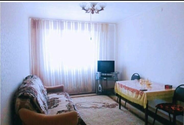Pogostite.ru - 2-комнатные   у озера Иссык-куль   Чолпон-Ата   Парковка #5