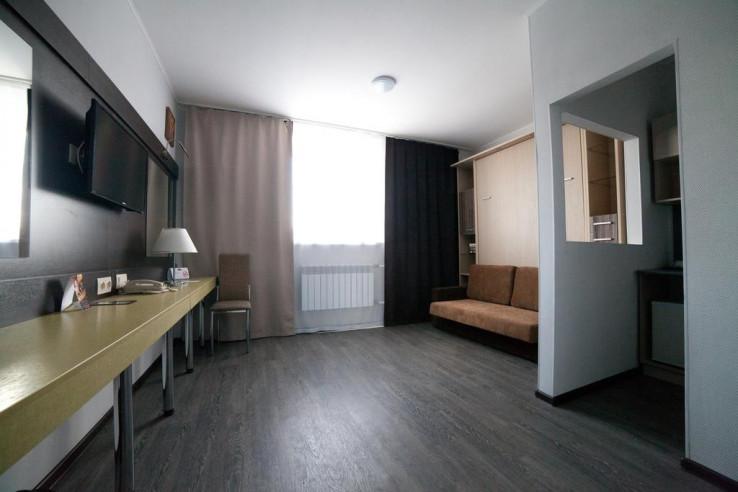 Pogostite.ru - Авангард Отель & Апарт | Курган | Парковка #22
