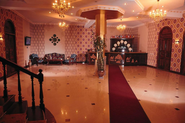 Pogostite.ru - Mixt Royal Palace (В Центре) - Отличное Расположение #11