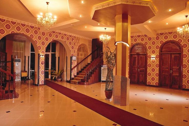 Pogostite.ru - Mixt Royal Palace (В Центре) - Отличное Расположение #9