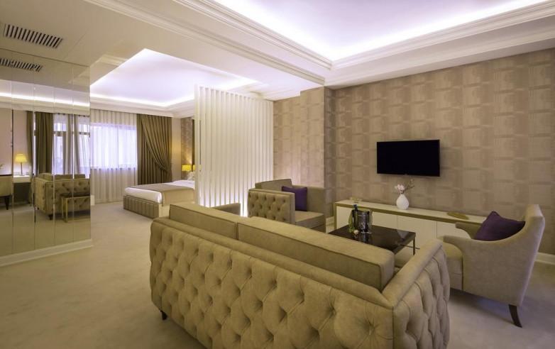 Pogostite.ru - Paris Hotel Yerevan - Париж Ереван - В Центре #32