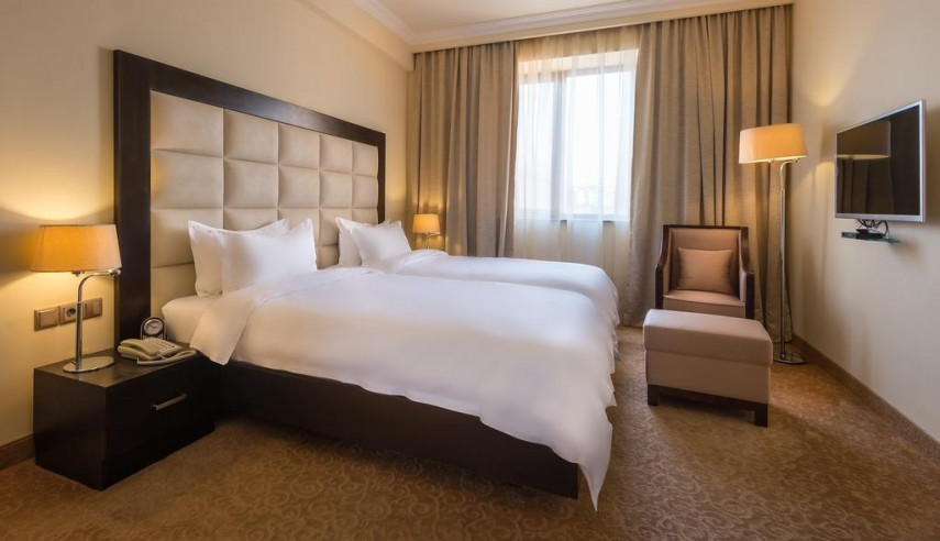 Pogostite.ru - Paris Hotel Yerevan - Париж Ереван - В Центре #21