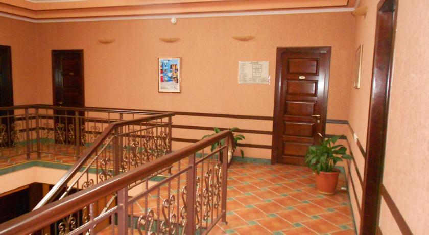 Pogostite.ru - Венеция | г. Кисловодск, центр | Рядом ж/д вокзал | Завтрак включён | Разрешено с животными #36