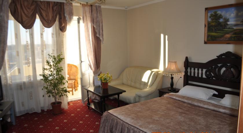 Pogostite.ru - УЮТ Гранд отель | г. Краснодар | В центре #24