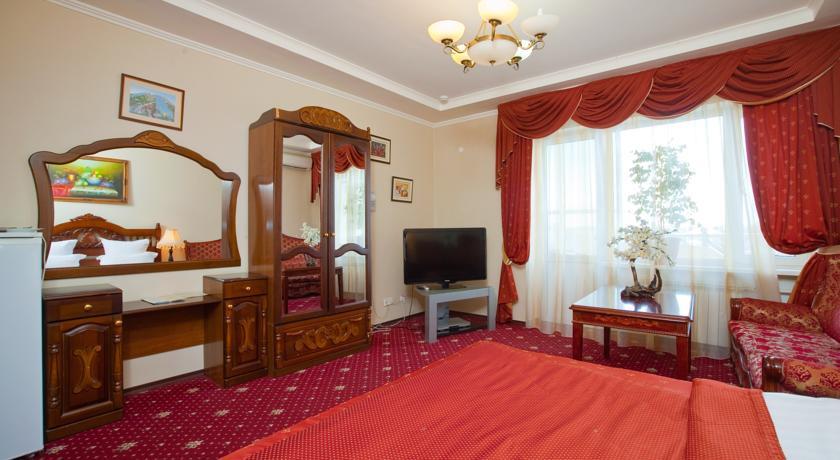 Pogostite.ru - УЮТ Гранд отель | г. Краснодар | В центре #25