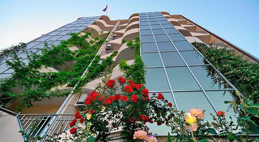 Pogostite.ru - УЮТ Гранд отель | г. Краснодар | В центре #2