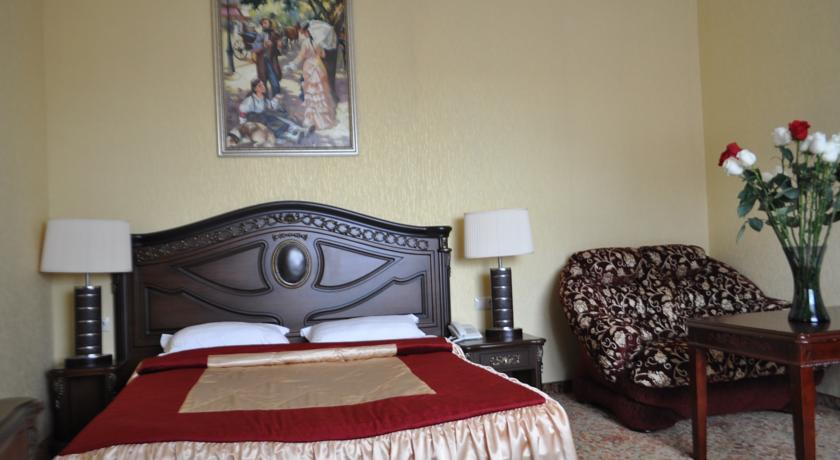 Pogostite.ru - УЮТ Гранд отель | г. Краснодар | В центре #18