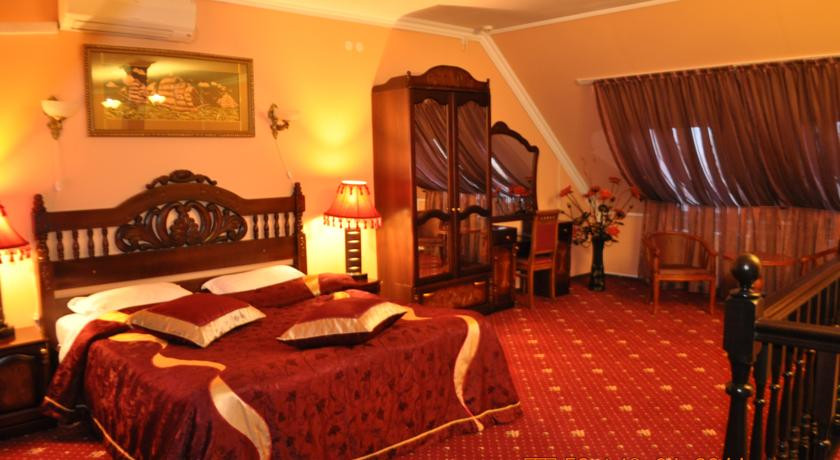 Pogostite.ru - УЮТ Гранд отель | г. Краснодар | В центре #32