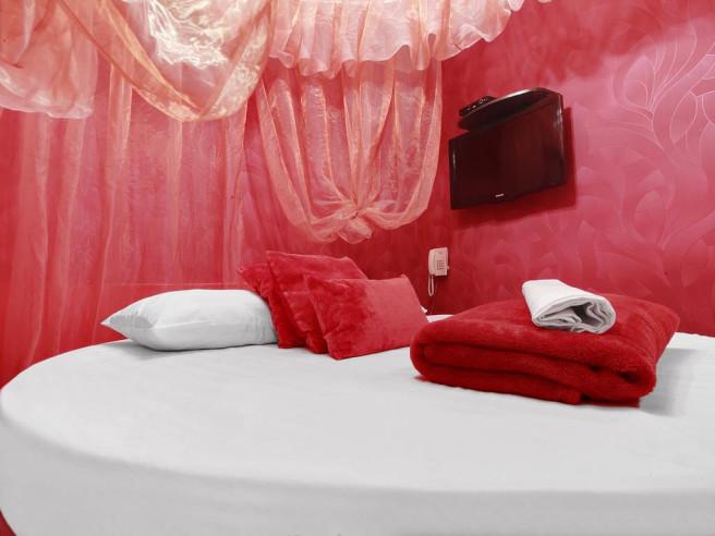 Pogostite.ru - Рандеву Новослободская (Тематический Отель для свиданий с джакузи) #20
