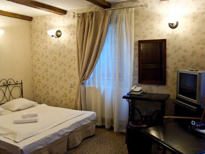 Pogostite.ru - ПАРАИСО мини-отель (г. Калининград, озеро Вехнее) #9