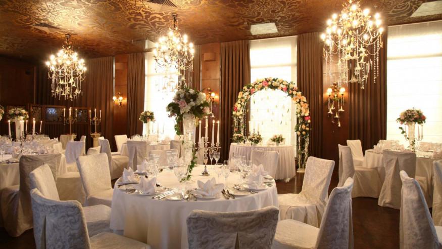 Оформление зала ресторана свадьбу